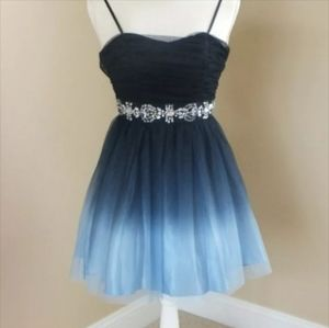 Blue Beaded Tulle Dress by B. Smart Size 5/6